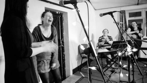 Igloo Music UK Exclusive Jam Night - Sara, Glaudia, Colin