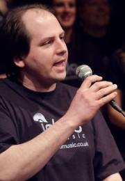Igloo Music UK - Singing Lessons - Matt Solo